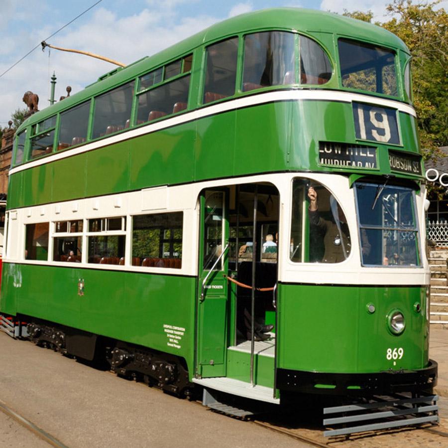 Liverpool 869