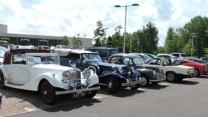 Square Wheels and Derbyshire Classic Car Lodge