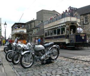 London Utd. 159 -Glasgow 22- and bikes