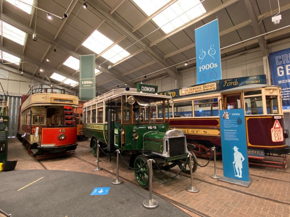 Barnsley & District Combination Car in centre
