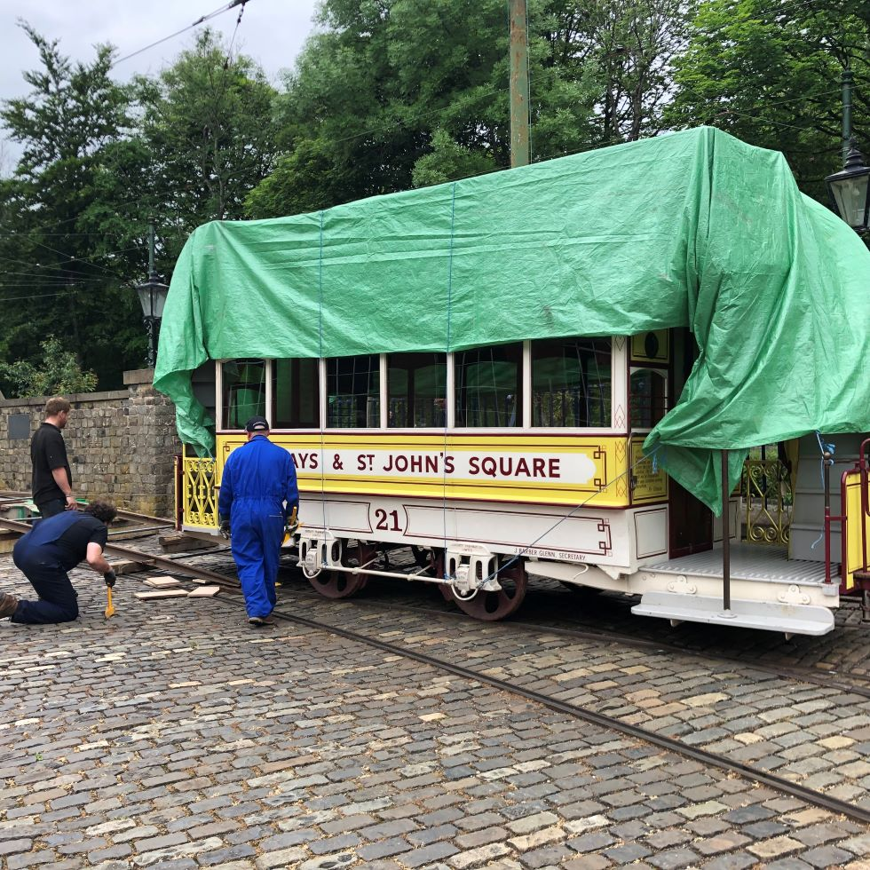 Loading Cardiff 121 at Crich